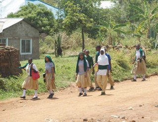 Children returning home from primary school